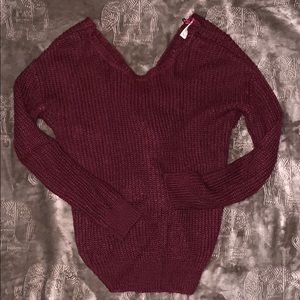 Burgundy Twist Back Sweater Size Small